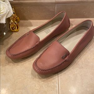 Gucci Loafers Rose 🌹 Color